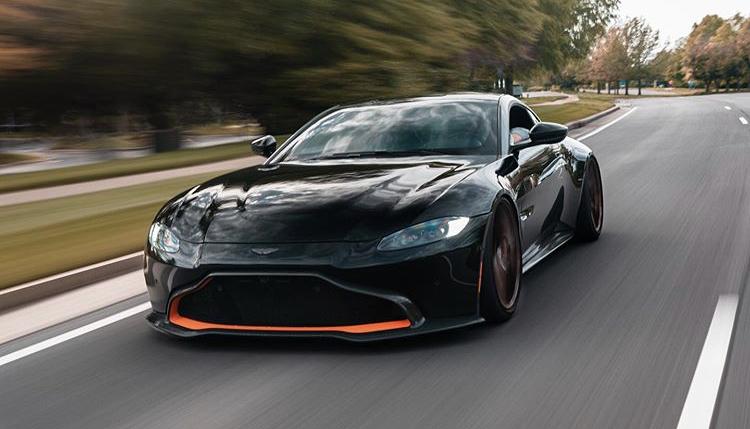 Aston Martin Paint