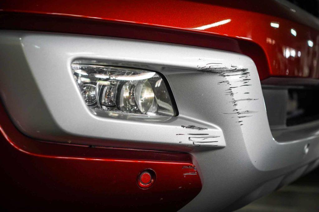 Land Rover DIY Automotive Touch Up Paint