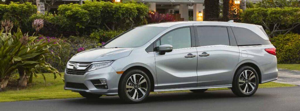 Silver Honda Odyssey